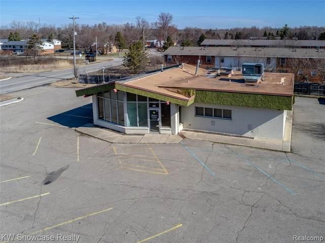 4442 Beecher Road, Flint Twp, MI 48532 (MLS #2200023471) :: The Toth Team