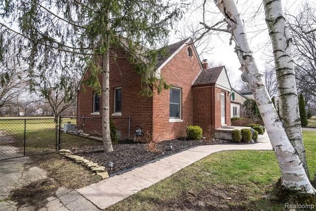 18948 Doris Street, Livonia, MI 48152 (#2200023568) :: GK Real Estate Team