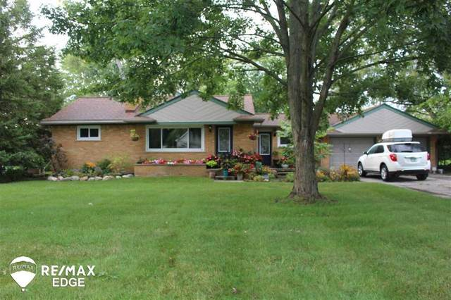 29835 Hemlock, Farmington Hills, MI 48336 (#5050008988) :: RE/MAX Nexus