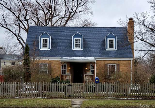 2002 E Court Street, Flint, MI 48503 (#2200023860) :: GK Real Estate Team