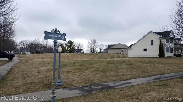 12765 Carolyn Way, Springfield Twp, MI 48350 (#2200023874) :: Alan Brown Group