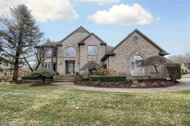14462 Stratford Court, Shelby Twp, MI 48315 (#58050009023) :: Alan Brown Group