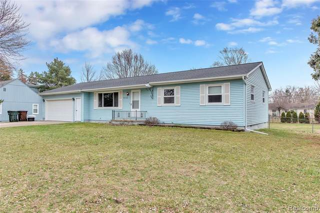 8100 Russell Street, Shelby Twp, MI 48317 (#2200024105) :: The Buckley Jolley Real Estate Team