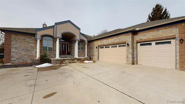 13790 Patterson Drive, Shelby Twp, MI 48315 (#2200024228) :: Alan Brown Group