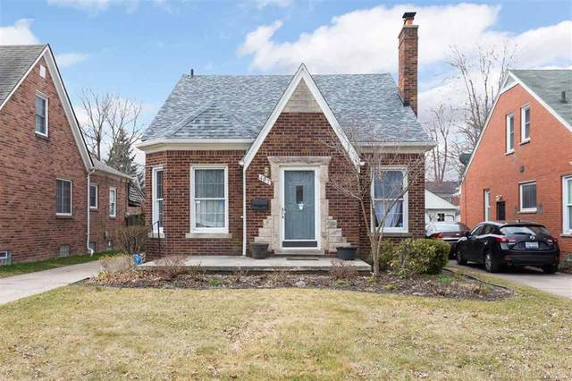 407 Kerby, Grosse Pointe Farms, MI 48236 (#58050009139) :: RE/MAX Nexus