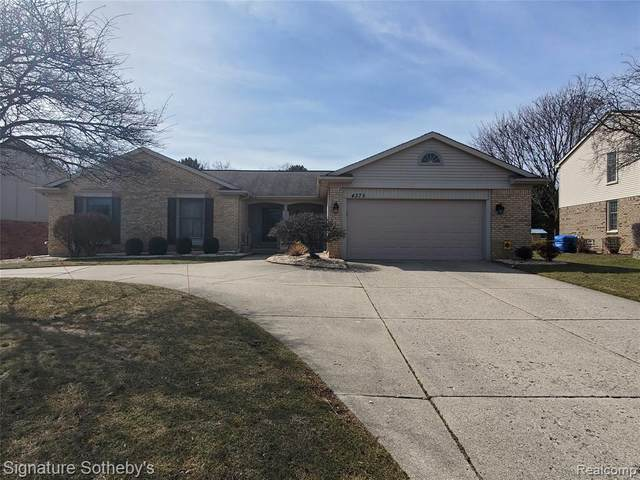 4375 Cahill Drive, Troy, MI 48098 (#2200024358) :: Alan Brown Group