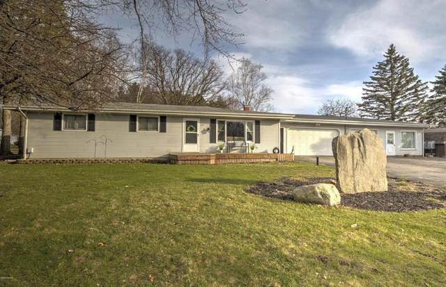 2191 Spring Rd, Hillsdale Twp, MI 49242 (#53020011768) :: The Alex Nugent Team | Real Estate One