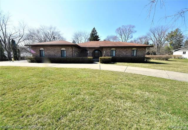 24685 Ivywood Drive, Farmington Hills, MI 48336 (#2200024430) :: RE/MAX Nexus