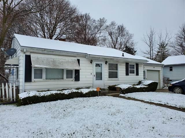 1159 Lavender Avenue, Flint, MI 48504 (MLS #2200024454) :: The Toth Team