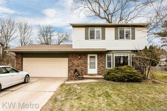 550 May Road, Rochester Hills, MI 48307 (#2200024543) :: The Alex Nugent Team | Real Estate One
