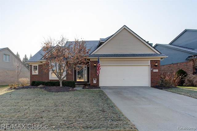 13112 Wendover Drive, Plymouth Twp, MI 48170 (#2200024574) :: Team DeYonker