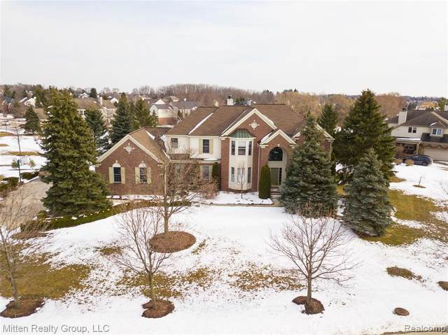 11344 Fellows Creek Drive, Plymouth Twp, MI 48170 (#2200024608) :: Duneske Real Estate Advisors