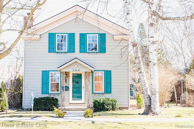 346 Hickory Street, Milford Vlg, MI 48381 (#2200024651) :: The Buckley Jolley Real Estate Team