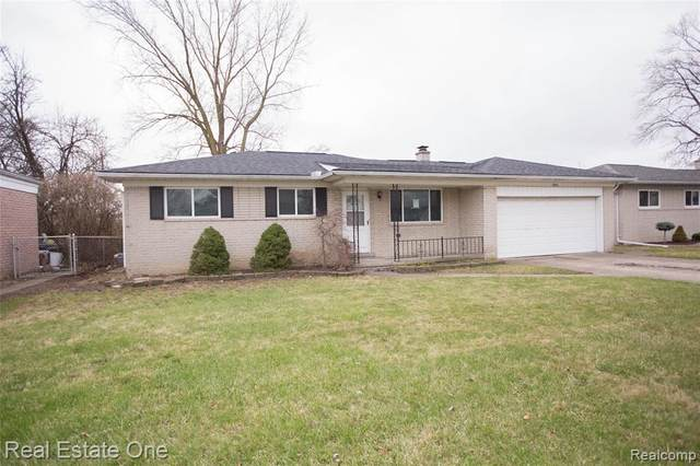 13754 Grey Avenue, Warren, MI 48089 (#2200024700) :: RE/MAX Nexus
