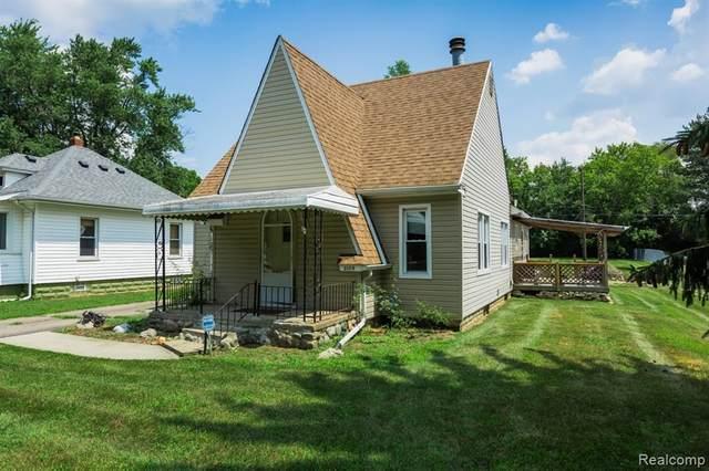 3179 Martell Avenue, Rochester Hills, MI 48309 (#2200024724) :: The Alex Nugent Team | Real Estate One