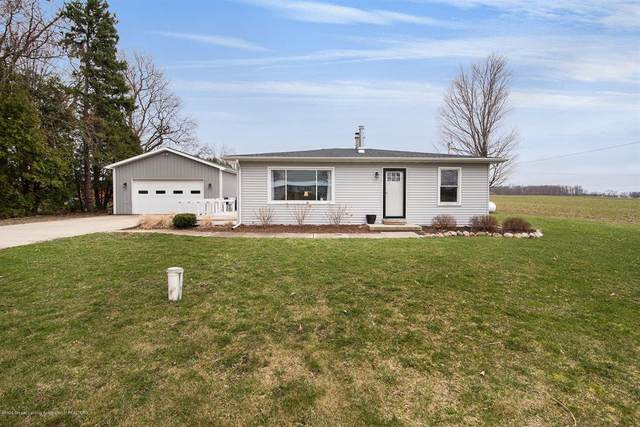4821 W Bunker Road, Aurelius Twp, MI 48854 (#630000245224) :: The Mulvihill Group