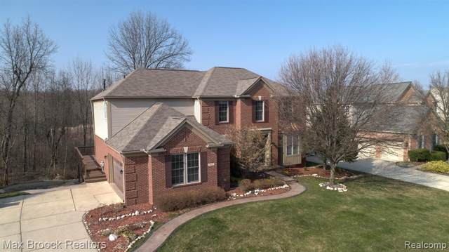 460 Hampton Woods Lane, Orion Twp, MI 48360 (#2200024810) :: The Alex Nugent Team | Real Estate One