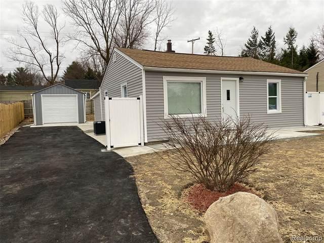 4050 Manitoba St, Auburn Hills, MI 48326 (#2200024825) :: The Buckley Jolley Real Estate Team