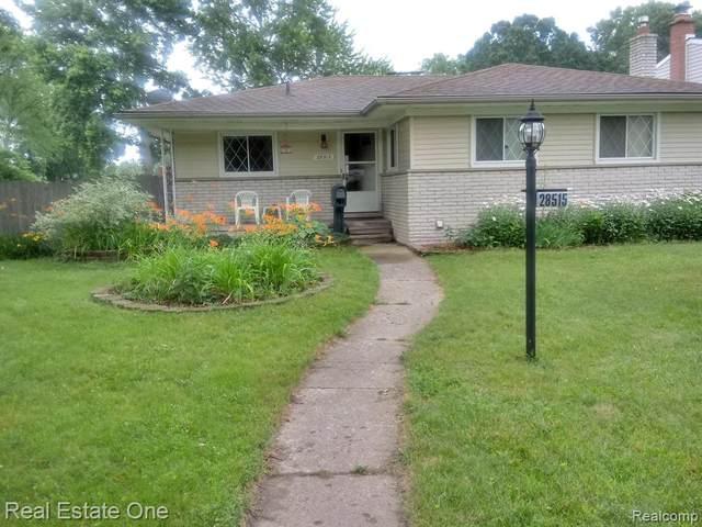 28515 Pembroke Street, Livonia, MI 48152 (#2200024836) :: GK Real Estate Team