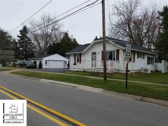 208 E Clark, Davison, MI 48423 (#5050009257) :: Springview Realty