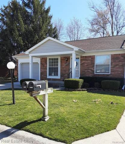 28016 Maple Forest Boulevard W, Harrison Twp, MI 48045 (#2200024955) :: Springview Realty