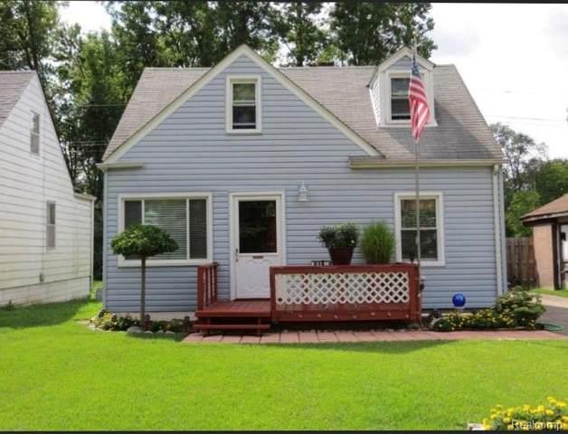 18613 Lathers Street, Livonia, MI 48152 (#2200025051) :: BestMichiganHouses.com