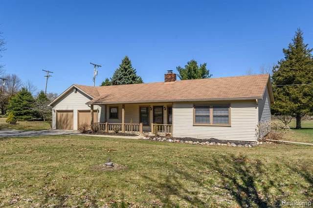 9697 Townley Rd Road, Hartland Twp, MI 48430 (#2200025109) :: Springview Realty