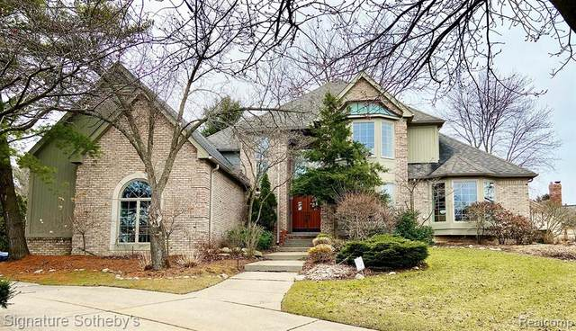 923 Andover Dr, Northville, MI 48167 (#2200025197) :: Duneske Real Estate Advisors