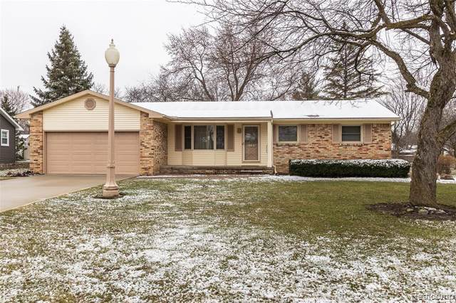 5184 Olde Saybrooke Road, Grand Blanc Twp, MI 48439 (MLS #2200025222) :: The John Wentworth Group