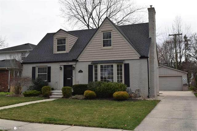 1535 Fairholme, Grosse Pointe Woods, MI 48236 (MLS #58050009364) :: The Toth Team