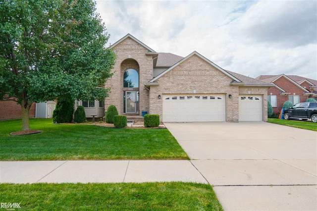 50561 Nesting Ridge Drive, Macomb Twp, MI 48044 (#58050009390) :: GK Real Estate Team