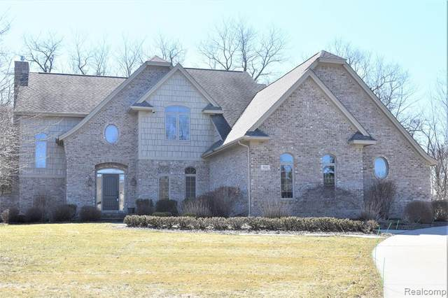 501 Iroquois Court, Oxford Twp, MI 48371 (#2200025527) :: The Alex Nugent Team | Real Estate One