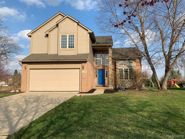 2445 Cliffside Court, Ann Arbor, MI 48103 (#2200025581) :: GK Real Estate Team