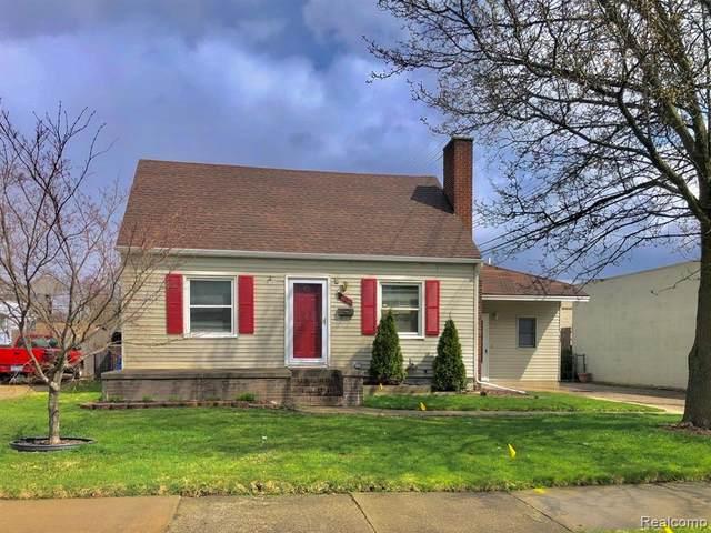 1760 Cummings Avenue, Berkley, MI 48072 (#2200025637) :: The Mulvihill Group