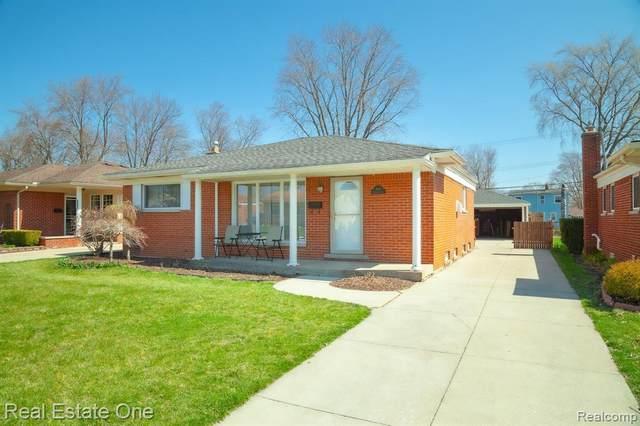 4416 Briarwood Avenue, Royal Oak, MI 48073 (#2200025641) :: GK Real Estate Team