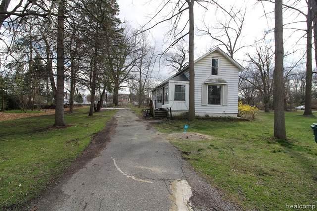 36553 Romulus Avenue, Romulus, MI 48174 (#2200025643) :: GK Real Estate Team