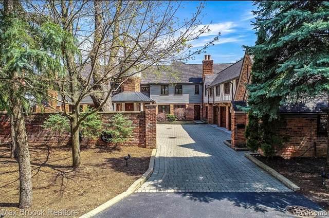 490 E Long Lake Road, Bloomfield Hills, MI 48304 (#2200026296) :: Alan Brown Group