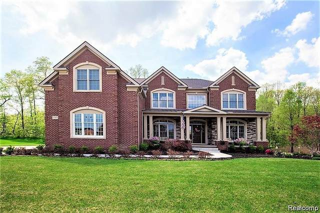 17475 Briar Ridge Lane, Northville Twp, MI 48168 (MLS #2200026869) :: The Toth Team