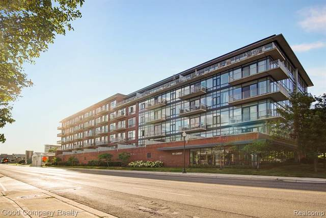 101 Curry Ave Unit 212 #212, Royal Oak, MI 48067 (MLS #2200027892) :: The Toth Team