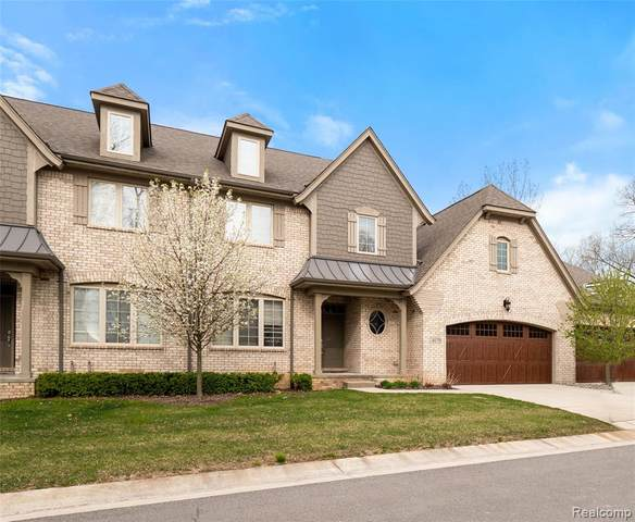 4170 Oak Arbor Court, Oakland Twp, MI 48306 (#2200028179) :: The Mulvihill Group