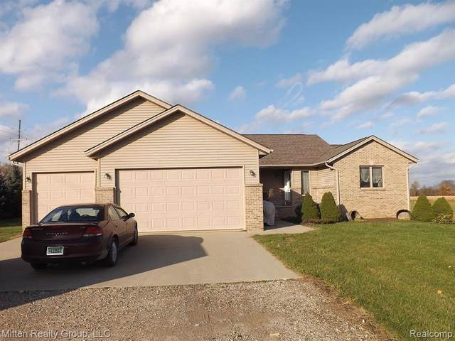 7265 Wood Pointe Drive, Almont Twp, MI 48003 (#2200030932) :: The Mulvihill Group