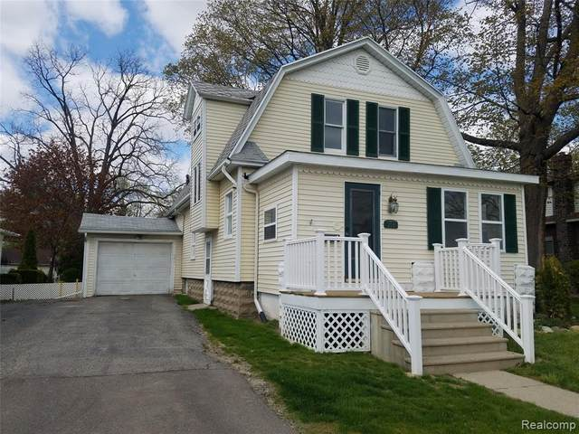 713 E Oliver Street, Owosso, MI 48867 (MLS #2200033272) :: The Toth Team