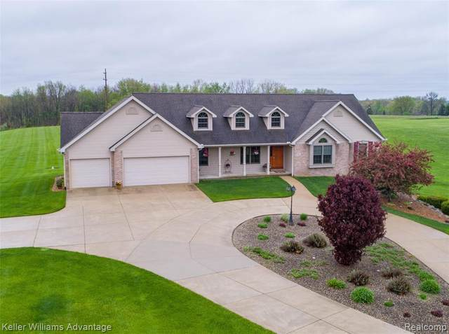 9807 Case Road, Columbia Twp, MI 49230 (MLS #2200034097) :: The Toth Team