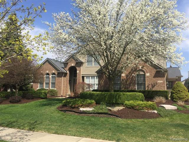 16224 Oak Forest Ct Court, Northville Twp, MI 48168 (MLS #2200034484) :: The John Wentworth Group