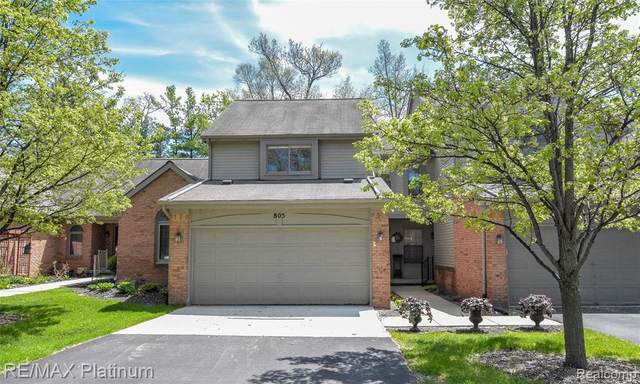805 Woodridge Hills Drive #112, Brighton, MI 48116 (#2200034575) :: GK Real Estate Team