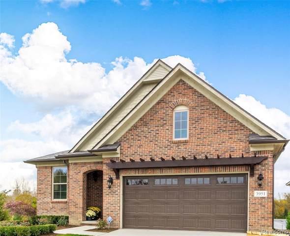 3963 Vendome Drive, Auburn Hills, MI 48326 (#2200034790) :: Alan Brown Group