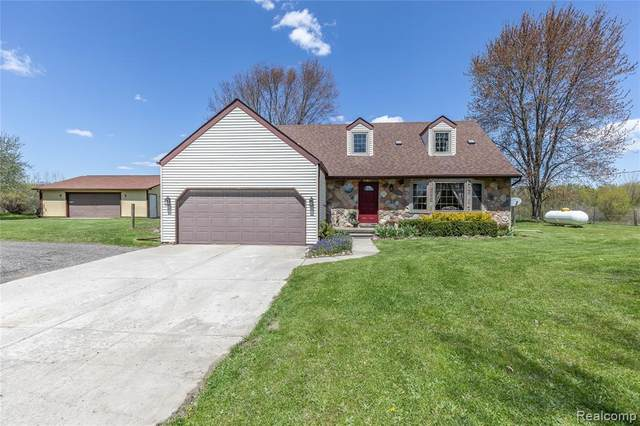 6090 Munsell Road, Iosco Twp, MI 48843 (MLS #2200035046) :: The John Wentworth Group