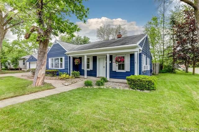 22610 Albion Avenue, Farmington Hills, MI 48336 (#2200035123) :: RE/MAX Nexus