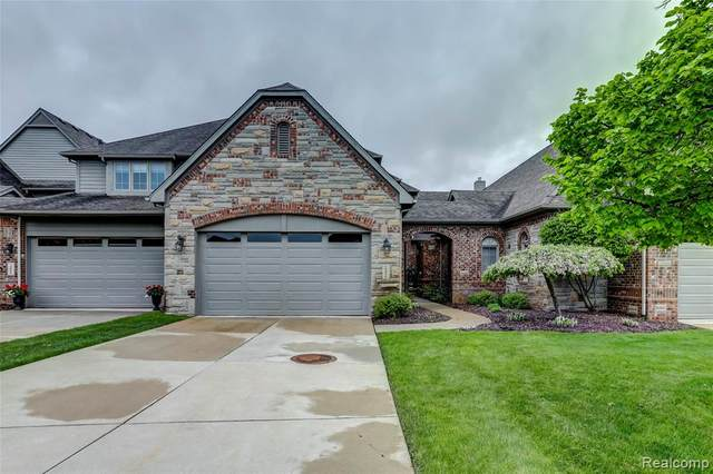 10836 Sparkling Waters Court, Green Oak Twp, MI 48178 (#2200035552) :: The Mulvihill Group