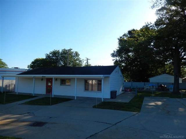 28400 Little Mack, Saint Clair Shores, MI 48084 (#58050012007) :: The Mulvihill Group